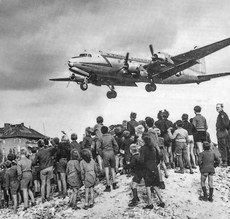 c-54 airplane